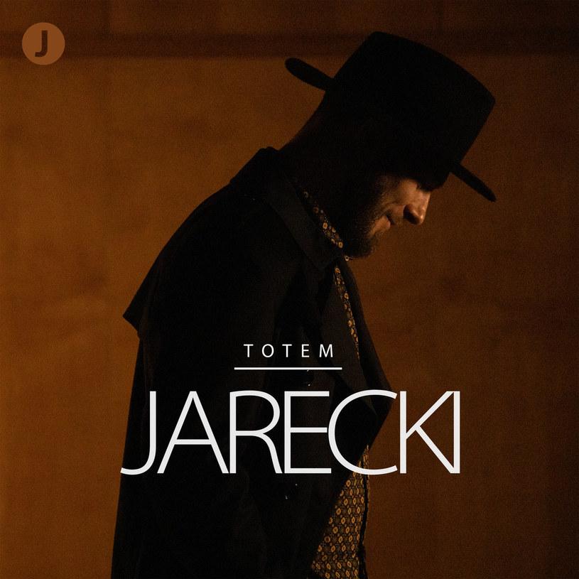 """Ze świecą szukać w Polsce osób, które czują soul i funk tak dobrze, jak na """"Totemie"""" czynią to Jarecki i DJ BRK."""