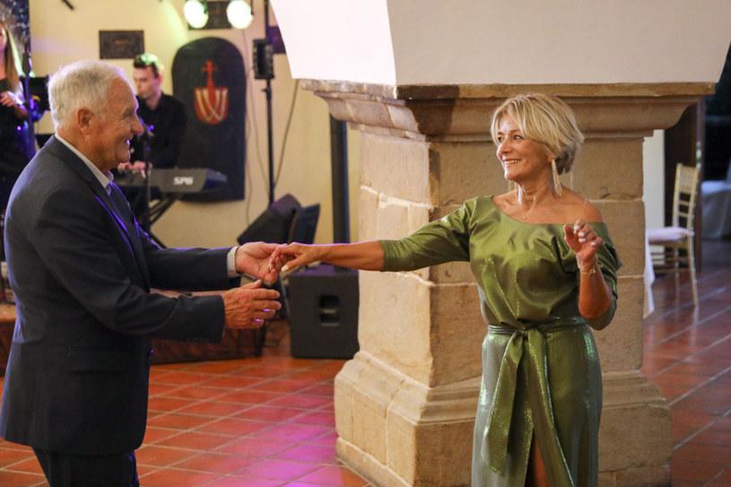 """Gerard i Iwona, uczestnicy programu """"Sanatorium miłości"""", opowiedzieli na antenie TVP, jak układają się ich relacje intymne."""