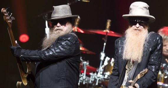 W wieku 72 lat zmarł w środę w Houston Dusty Hill, basista słynnej amerykańskiej grupy hardrockowej ZZ Top - poinformowała agencja AP. Przyczyny śmierci nie są znane.
