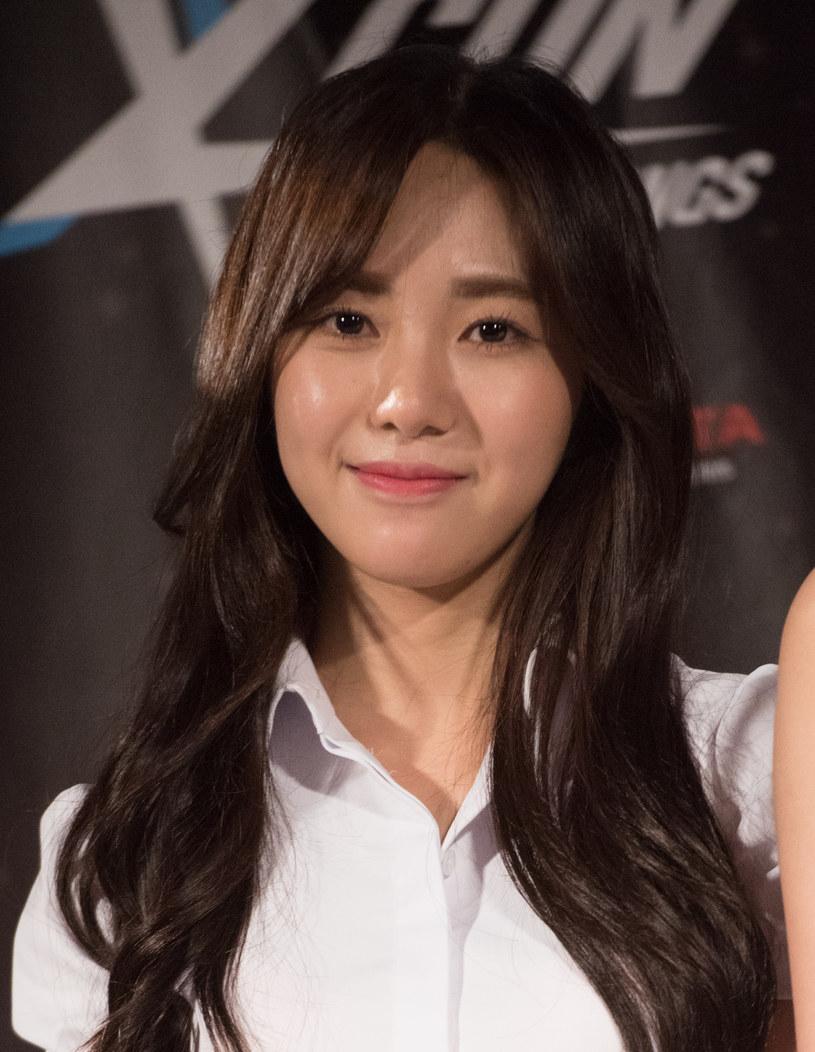 Wokalistka i aktorka Kwon Mina trafiła do szpitala. Lokalne media donoszą, że była członkini zespołu AOA próbowała popełnić samobójstwo.