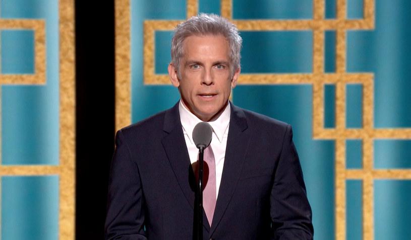 """Ben Stiller wdał się w internetową dyskusję na temat nepotyzmu w Hollywood. Gwiazdor """"Zoolandera"""" w odpowiedzi na krytyczne komentarze na temat nadchodzącego filmu córki Stevena Spielberga stwierdził, że owa krytyka jest zbyt pochopna, gdyż dzieci gwiazd również """"stają przed wyzwaniami"""", a w branży rozrywkowej liczą się przede wszystkim talent i umiejętności. Odbiorcy zarzucili mu hipokryzję przypominając, że sam jest dzieckiem sławnych rodziców - legendarnych komików Jerry'ego Stillera i Anny Meara."""