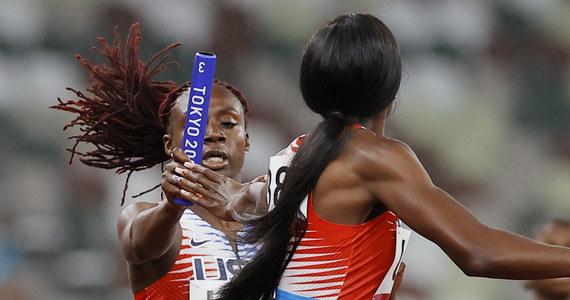 Amerykańska sztafeta mieszana 4x400 m wystąpi jednak w sobotnim biegu finałowym na igrzyskach olimpijskich w Tokio. Pierwotnie ekipa USA została zdyskwalifikowana, ale uwzględniono jej odwołanie. O medal w tej konkurencji walczyć będą również Polacy, którzy w biegu eliminacyjnym pobili rekord Europy.