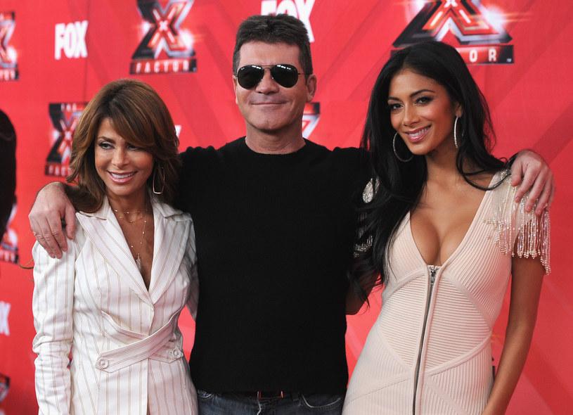 """Po 15. sezonach i 17 latach z telewizji znika program Simona Cowella - """"X Factor"""". Brytyjska stacja ITV potwierdziła plotki, że to koniec popularnego formatu wymyślonego przez znanego łowcę talentów."""