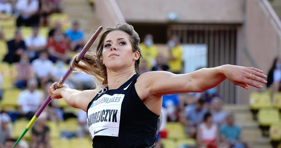 Maria Andrejczyk wynikiem 65,24 w pierwszej próbie osiągnęła minimum i zapewniła sobie awans do finału rzutu oszczepem w igrzyskach olimpijskich w Tokio. Później okazało się, że z obu grup żadna zawodniczka nie zbliżyła się do rezultatu Polki.