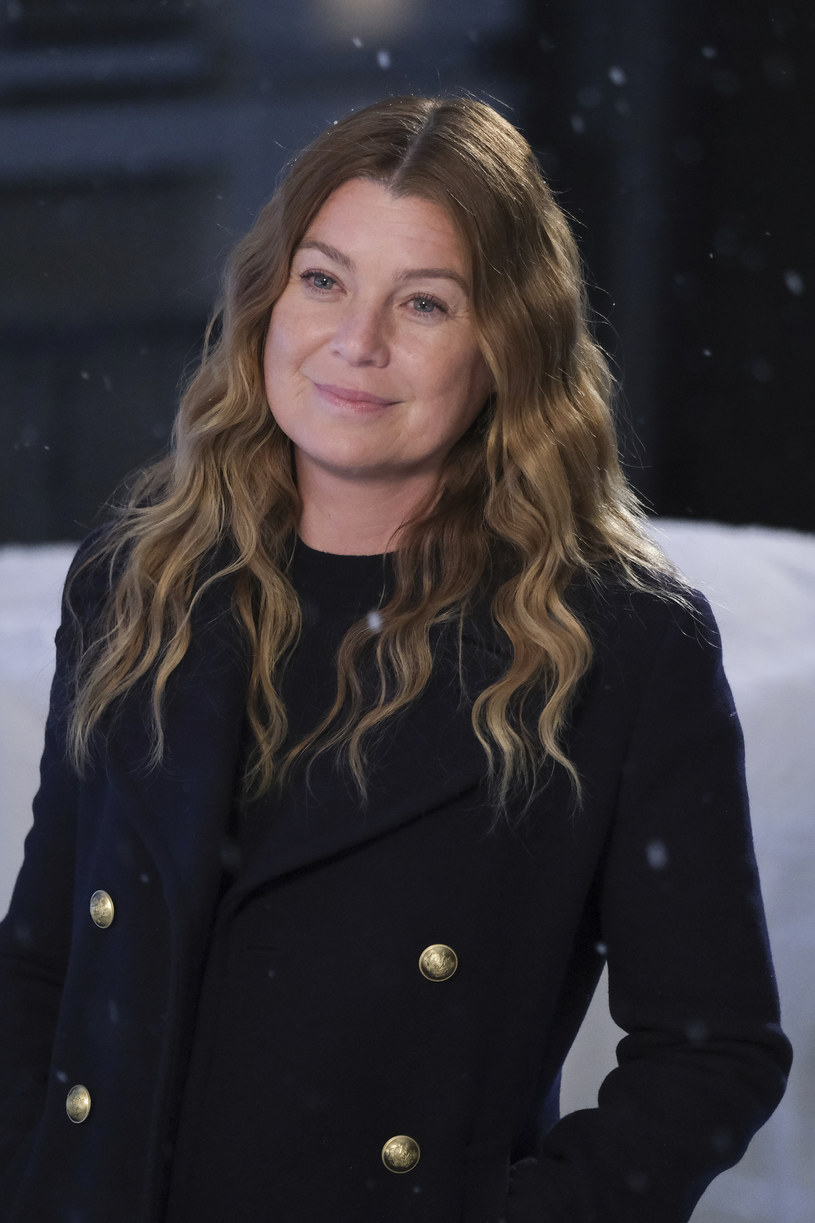 """Rola lekarki Meredith Grey w bijącym rekordy popularności serialu """"Chirurdzy"""", zagwarantowała Ellen Pompeo międzynarodową sławę. Okazuje się jednak, że gwiazda produkcji nie jest zainteresowana sprawdzeniem się w innym repertuarze. Jak ujawniła w najnowszym wywiadzie, nie ma zamiaru kontynuować aktorskiej kariery po zakończeniu serii. """"To zabawa dla młodych"""" - przekonuje laureatka Satelity."""