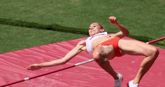 Kamila Lićwinko wynikiem 1,95 m osiągnęła minimum kwalifikacyjne i awansowała do sobotniego finału skoku wzwyż w igrzyskach olimpijskich w Tokio.