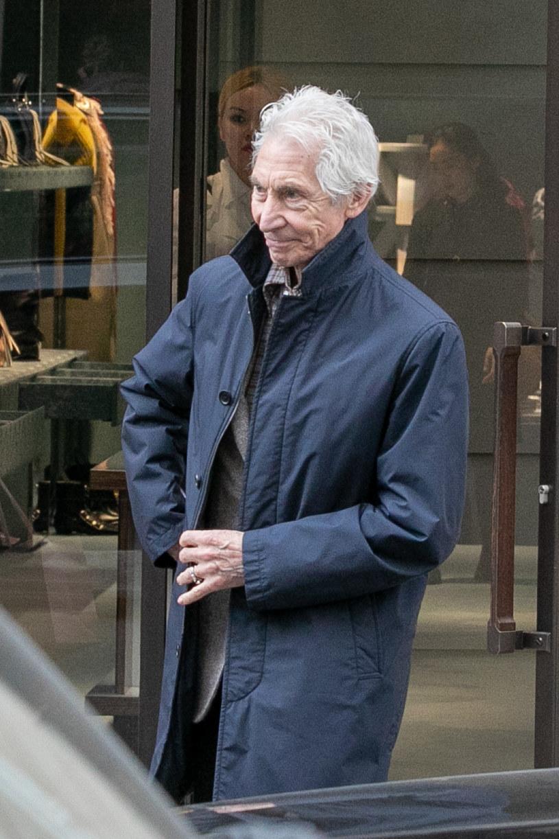 """Z powodu nagłej operacji we wrześniowej trasie """"No Filter"""" w Stanach Zjednoczonych grupy The Rolling Stones nie weźmie udziału perkusista Charlie Watts. 80-letniego muzyka zastąpi Steve Jordan."""