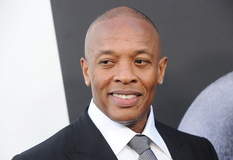 """Majątek amerykańskiego producenta muzycznego i rapera, Dr. Dre szacowany jest na 800 mln dolarów. W tym kontekście szokuje wypowiedź jego najstarszej córki, która na łamach dziennika """"Daily Mail"""" przyznała się do tego, że jest bezdomna i zmuszona jest mieszkać w samochodzie."""