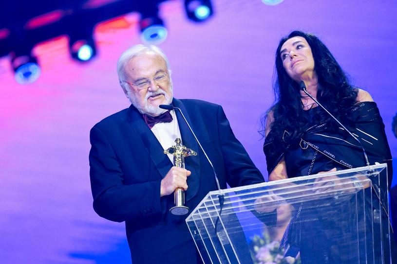 Na ostatniej gali rozdania Fryderyków wyjątkową nagrodę za całokształt twórczości przyznano Krzysztofowi Krawczykowi. Złotego Fryderyka dla Krawczyka odebrała wdowa po artyście, Ewa Krawczyk, oraz jego wieloletni przyjaciel i menedżer, Andrzej Kosmala.