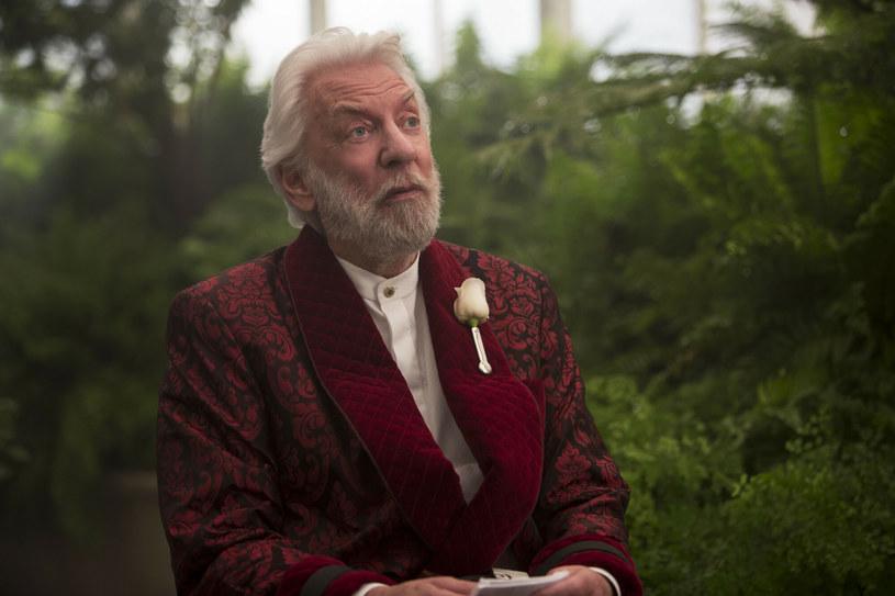"""Lionsgate zapowiedziało, że prace nad prequelem """"Igrzysk śmierci"""" rozpoczną się już w przyszłym roku. Film bazować będzie na powieści Suzanne Collins """"Ballada ptaków i węży"""". Efektów pracy należy spodziewać się w 2023 lub 2024 roku."""