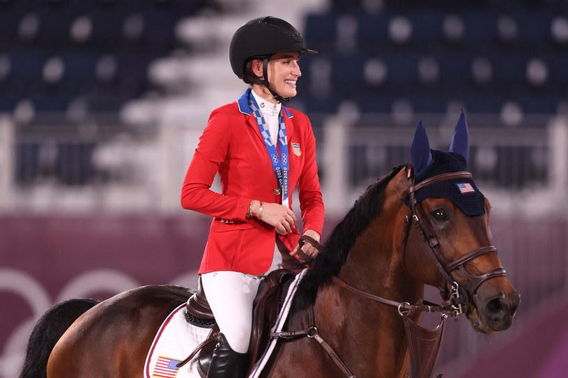 29-letnia Jessica Springsteen zdobyła srebrny medal w drużynowym  konkursie skoków przez przeszkody. Olimpijka jest córką legendy amerykańskiej muzyki Bruce'a Springsteena.