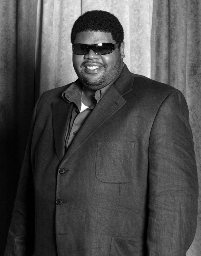 Chucky Thompson – kompozytor i producent współpracujący z wytwórnią Bad Boy – zmarł w wyniku powikłań związanych z COVID-19  9 sierpnia w wieku 53 lat.