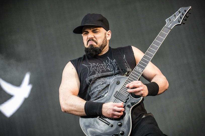 Marc Rizzo nie jest już członkiem Soulfly. Wybitnie utalentowany gitarzysta zarzuca zespołowi Maksa Cavalery (eks-Sepultura) brak wsparcia w trudnym okresie pandemicznego zastoju.