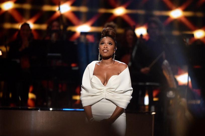"""Krótko po tym, jak w 2007 roku Jennifer Hudson odebrała Oscara za drugoplanową rolę w filmie """"Dreamgirls"""", Aretha Franklin powiedziała jej, że to właśnie w niej widzi odtwórczynię siebie w filmie biograficznym. Dziś aktorka wspomina swoje przygotowania do roli w filmie """"Respect"""" i ostatnią rozmowę ze swoją idolką i przyjaciółką, Arethą Franklin."""