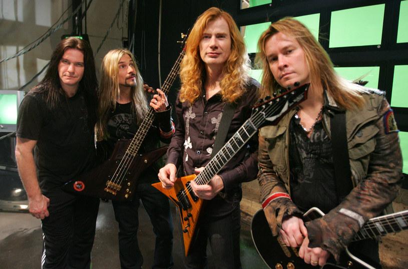 Po niespełna trzech miesiącach poznaliśmy nazwisko następcy Davida Ellefsona, wieloletniego basisty i współzałożyciela grupy Megadeth, który pod koniec maja został wyrzucony z legendy thrash metalu. Muzyk został oskarżony o nakłanianie do seksu nieletniej osoby. Kto pojawi się u boku lidera Dave'a Mustaine'a?