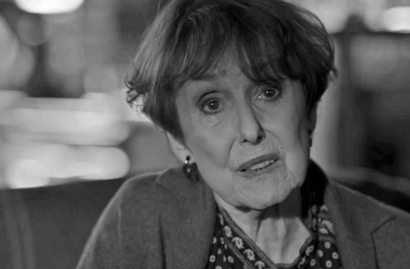 """Una Stubbs nie żyje. Aktorka znana m.in. z seriali """"Sherlock"""" czy """"Till Death Us Do Part"""" miała 84 lata. Informacje o śmierci przekazała rodzina."""