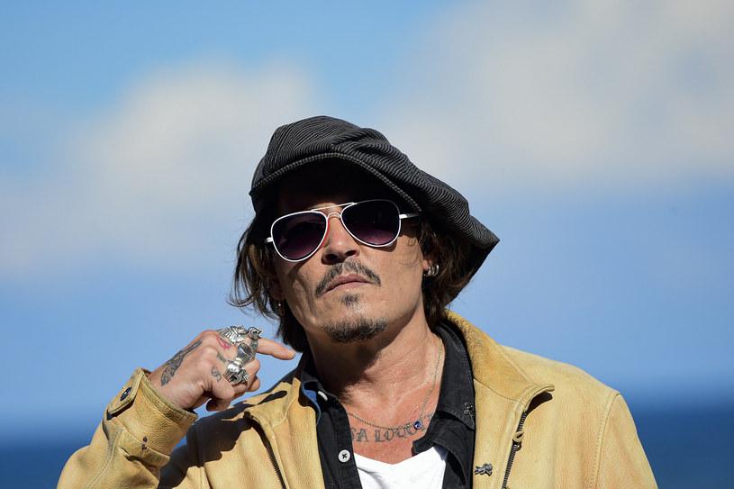"""Johhny Depp zabrał głos w sprawie wstrzymywania premiery filmu """"Minamata"""" w Stanach Zjednoczonych. Jego zdaniem jest to efekt bojkotu jego osoby w środowisku filmowym."""