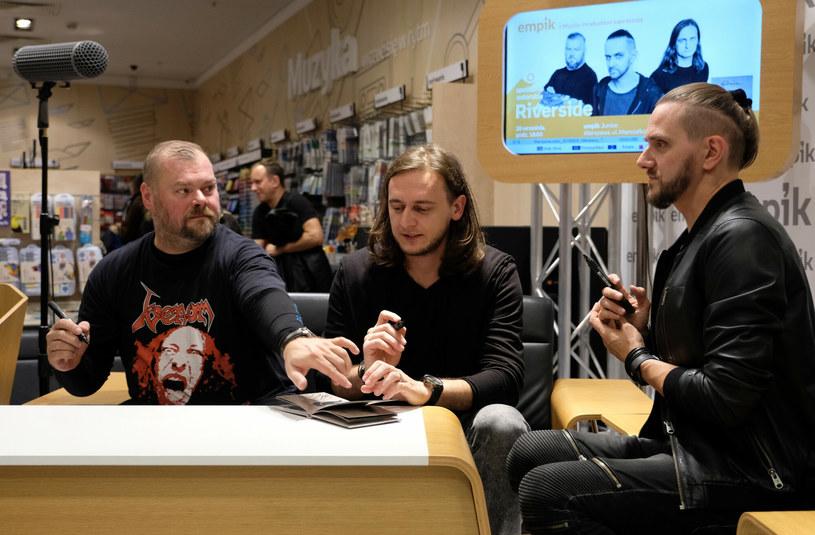 Pilna zmiana w składzie tegorocznej odsłonie Ino-Rock Festival w Inowrocławiu. Z powodu covidowych ograniczeń w Islandii grupa Sólstafir nie będzie mogła pojawić się w Polsce. W ostatniej chwili lukę wypełnili przyjaciele z zespołu Riverside, którzy pojawią się w roli głównej gwiazdy.
