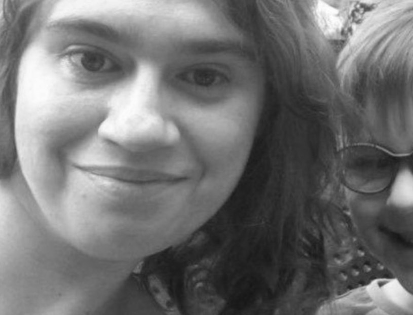 Nie żyje dziennikarka TVP Klementyna Wohl, 35-latka przegrała walkę z z nieoperacyjnym nowotworem układu pokarmowego. Trzy tygodnie przed śmiercią wzięła ślub w szpitalu.