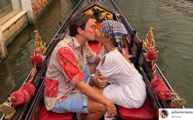 """""""I tak oto powoli kończymy naszą podróż. Ostatnim przystankiem jest Wenecja, którą naprawdę od zawsze chciałam zobaczyć"""" - napisała na Instagramie Julia Wieniawa, która podróżuje po Europie ze swoim chłopakiem, Nikodemem Rozbickim."""