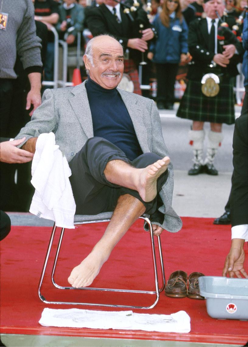 """Do legendy kina przeszła już opowieść o Seanie Connerym, który przed laty odrzucił rolę w filmie """"Matrix"""". Powodem tego odrzucenia miało być to, że pierwszy James Bond nie zrozumiał zawiłego scenariusza. Przez lata uważano, że Connery'emu proponowano rolę Morfeusza, którą ostatecznie zagrał Laurence Fishburne. Jak się okazuje – było inaczej."""