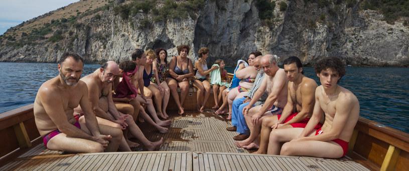 """Netflix zaprezentował zwiastun nowego filmu Paola Sorrentina """"To była ręka boga"""". Obraz premierowo zaprezentowany zostanie 2 września na festiwalu w Wenecji. Widzowie Netfliksa będą mogli zobaczyć """"Hand of God"""" od 15 grudnia."""