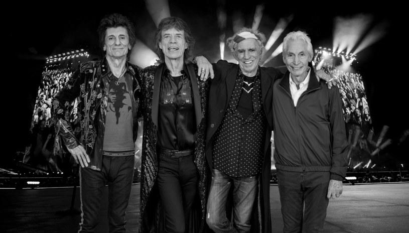 Perkusista The Rolling Stones – Charlie Watts – zmarł w wieku 80 lat. Piotr Metz i Hirek Wrona ocenili, co dalej może stać się z zespołem.