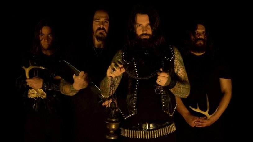 """""""Prophecies Of Eternal Darkness"""" - to tytuł debiutanckiej płyty blackmetalowej grupy Necrofier z USA."""