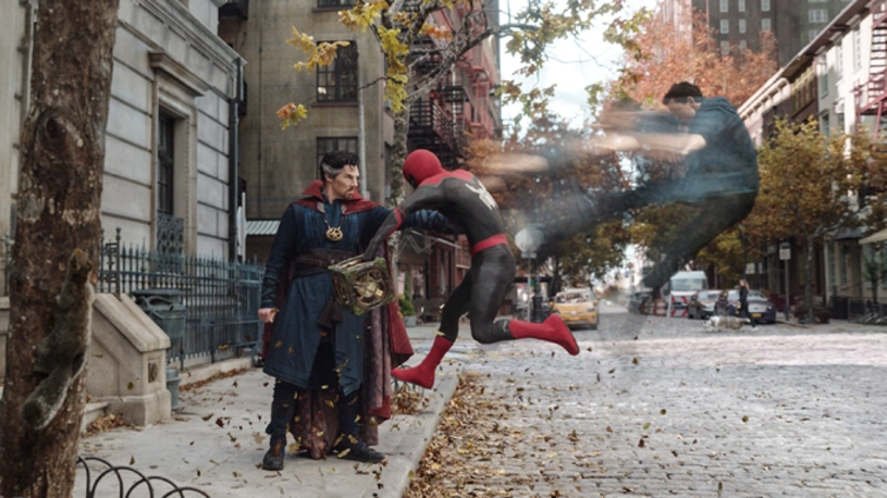 """Na początku tygodnia pojawił się w sieci długo oczekiwany zwiastun trzeciej części przygód Człowieka-Pająka, filmu """"Spider-Man: Bez drogi do domu"""". Zainteresowanie nim było tak duże, że w ciągu pierwszych 24 godzin od premiery pobił rekord wszech czasów, jeśli chodzi o oglądalność. Informację tę podało studio Sony Pictures, które wyprodukowało film z Tomem Hollandem w roli głównej."""