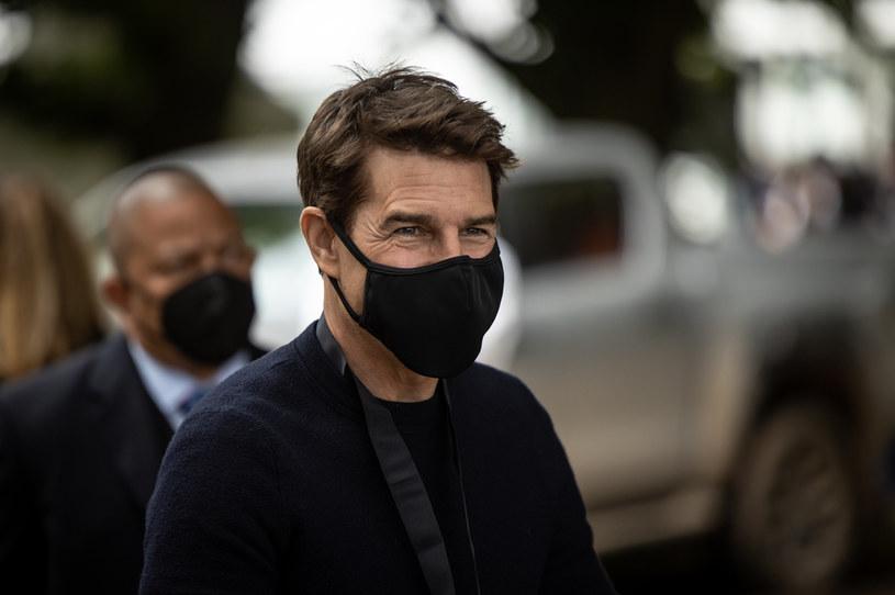 """Tom Cruise będzie miał złe wspomnienia związane z brytyjskim miastem Birmingham, gdzie znalazł się w związku z realizacją zdjęć do siódmej części """"Mission: Impossible"""". Złodzieje ukradli BMW, którym był przewożony przez ochroniarza. Choć policji udało się odzyskać samochód, to przepadł pozostawiony w pojeździe bagaż."""