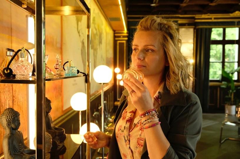 """Już 1 września premiera drugiego sezonu serialu """"Komisarz Mama"""". Nowe odcinki emitowane będą w każdą środę, od 1 września, o godz. 21:05 w Polsacie. Co o drugim sezonie mówi odtwórczyni głównej roli Paulina Chruściel? Co czeka jej bohaterkę w nowych odcinkach? Czego mogą spodziewać się widzowie?"""