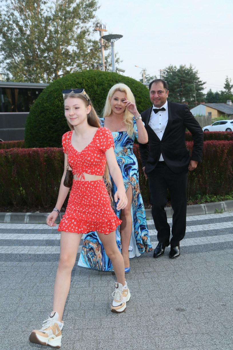 """Do sieci trafił teledysk """"Druga ja"""" - to druga piosenka Idalii Orman, 13-letniej córki Aldony Orman (w """"Klanie"""" gra Barbarę Milecką). To właśnie z muzyką nastolatka chce związać swoją przyszłość."""