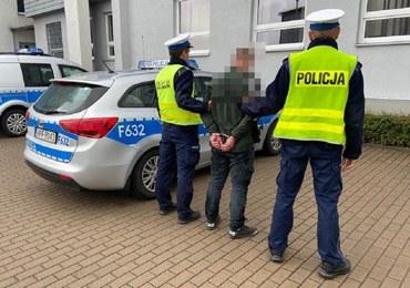 Łódzkie: Ukrainiec w kradzionym aucie zatrzymany po policyjnym pościgu