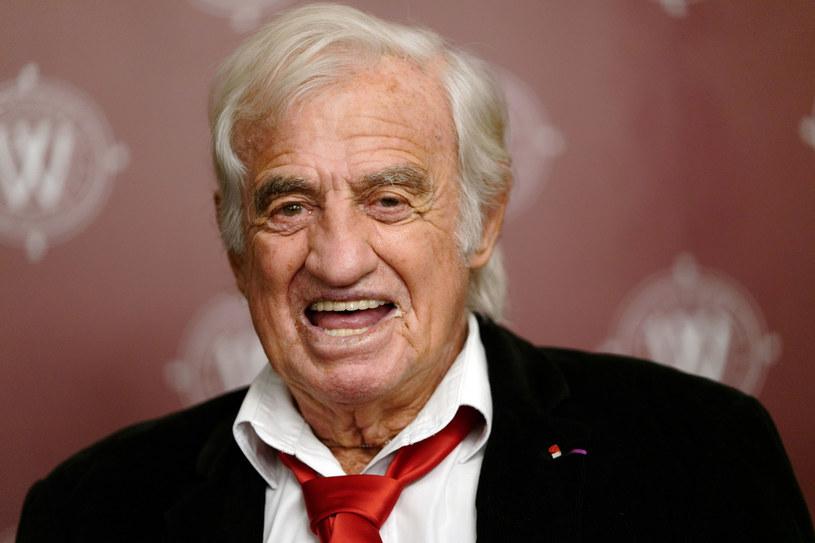 Francja w czwartek złoży narodowy hołd zmarłemu słynnemu aktorowi i producentowi filmowemu Jean-Paulowi Belmondo - przekazał we wtorek Pałac Elizejski. Ceremonia odbędzie się w Pałacu Inwalidów.