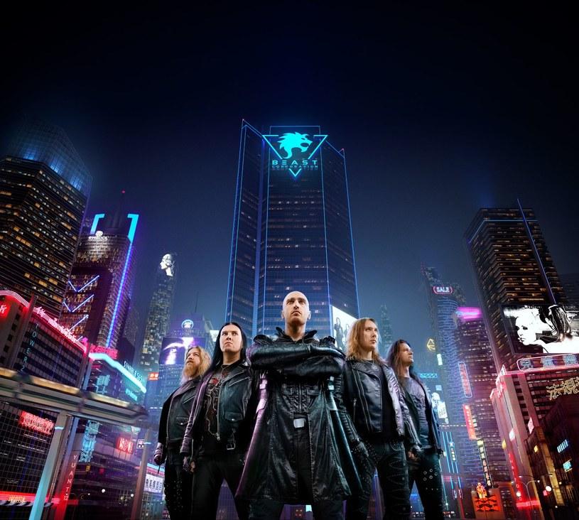 Powstała w Finlandii, międzynarodowa grupa Beast In Black wyda pod koniec października trzecią płytę.