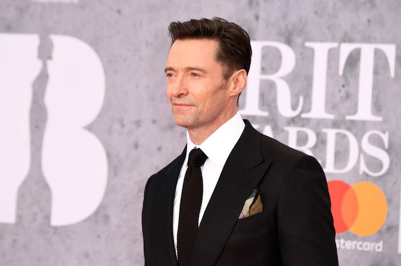 Jak poinformował australijski gwiazdor, 5 września, kiedy ojczyźnie aktora obchodzony jest dzień ojca, zmarł jego tato. Ojciec wychowywał go samotnie po tym, jak odeszła jego żona, matka Hugh.