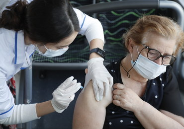 Szef WHO: Bogate kraje powinny się wstrzymać z trzecią dawką szczepionki