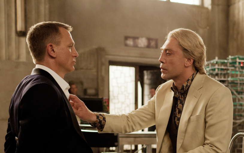 """Im bliżej premiery najnowszego filmu o przygodach agenta Jamesa Bonda """"Nie czas umierać"""", tym więcej pojawia się informacji związanych z tym popularnym cyklem. Jego producentka, Barbara Broccoli, opowiedziała o tym, jak walczyła ze studiem o zachowanie sceny z filmu """"Skyfall"""", w której pojawił się niewielki wątek, sugerujący gejowską przeszłość agenta 007."""
