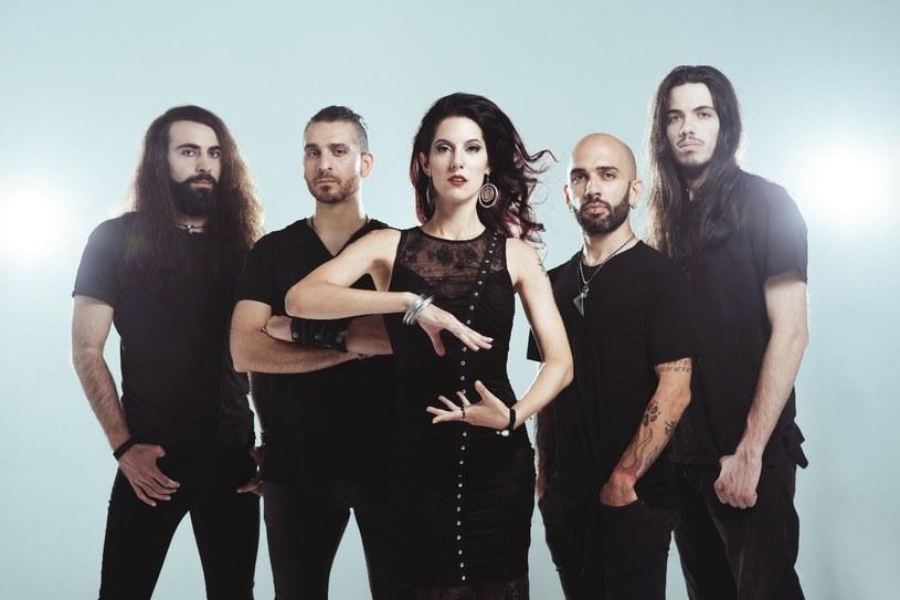 Już w listopadzie fani symfonicznego heavy / power metalu będą mogli sięgnąć po szóstą płytę włoskiej formacji Temperance.