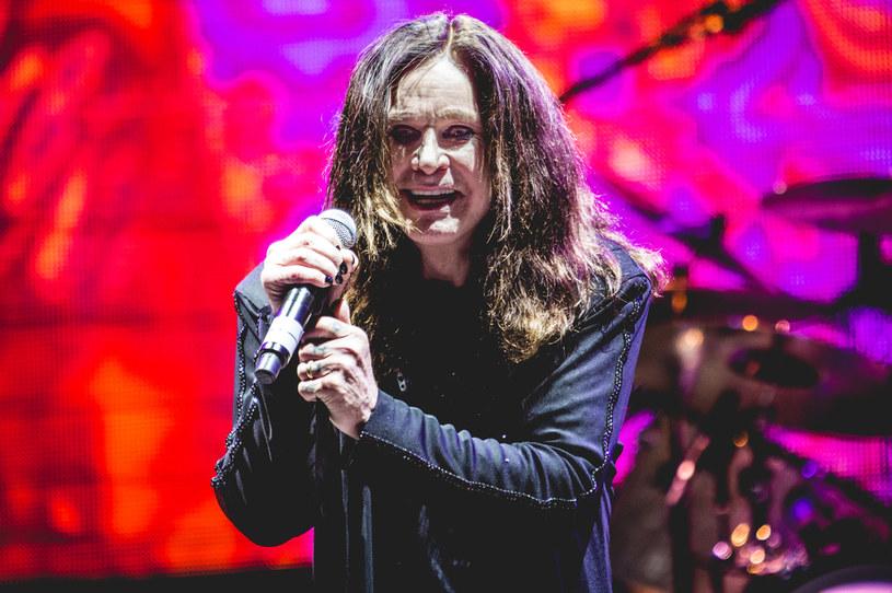 """Do sieci trafiło niepublikowane wcześniej nagranie, na którym Ozzy Osbourne i Lemmy Kilmister wspólnie wykonują utwór """"Hellraiser""""."""