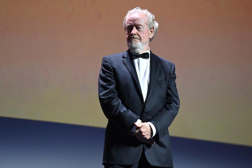 Choć ma już 83 lata, Ridley Scott wciąż jest aktywny zawodowo. I choć ma imponujący dorobek, ciągle szuka nowych wyzwań. Podczas konferencji prasowej w trakcie festiwalu filmowego w Wenecji legendarny reżyser filmowy zdradził, że chciałby w swojej karierze zrealizować filmy z gatunków, którymi do tej pory się nie zajmował. Mowa o westernie i musicalu.