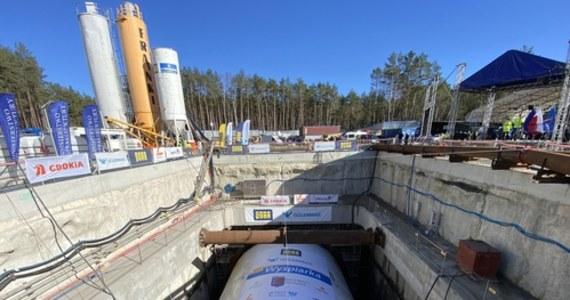 Już w czwartek mają się zakończyć prace przy drążeniu tunelu w Świnoujściu. Maszyna TBM ma dotrzeć do komory odbiorczej.