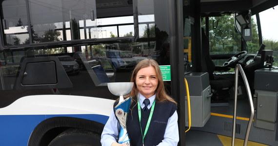 W zajezdni autobusowej MPK w Płaszowie odbył się dzisiaj konkurs na najlepszego kierowcę miejskich autobusów. Została nim Monika Kasiak.