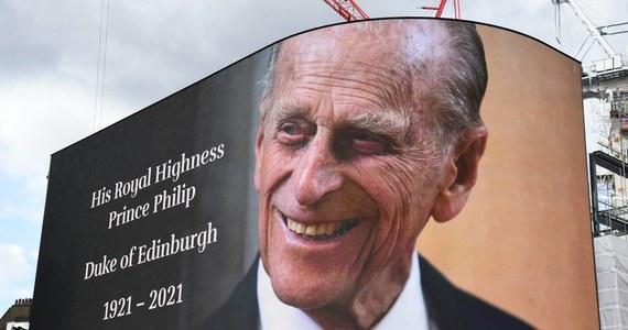 Testament księcia Filipa zostanie zapieczętowany, a jego treść nie powinna zostać ujawniona przez co najmniej 90 lat - poinformowano w opublikowanej decyzji sądu w Londynie. Mąż brytyjskiej królowej Elżbiety II zmarł w kwietniu.