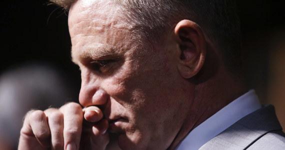 """W sieci pojawiło się nagranie z emocjonalnego pożegnania Daniela Craiga z rolą Jamesa Bonda. Aktor wygłosił specjalne przemówienie tuż po nagraniu ostatniej sceny """"Nie czas umierać"""". """"To jeden z największych zaszczytów mojego życia"""" – przyznał odtwórca roli Jamesa Bonda."""