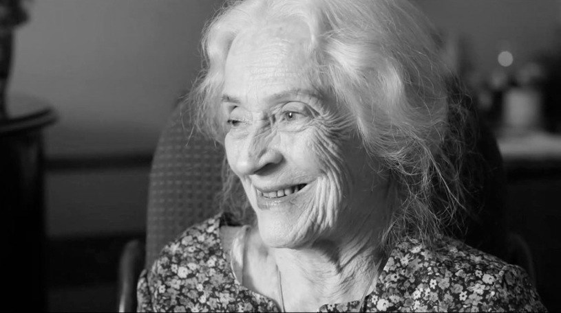 """Zmarła Zofia Bielewicz. O śmierci aktorki poinformował na swoim profilu Teatr Kochanowskiego w Opolu, z którym od lat była związana. Widzowie telewizyjni pamiętają artystkę m.in. z seriali """"Świat według Kiepskich"""" czy """"Pierwsza miłość"""". Miała 93 lata."""