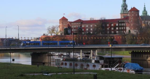 Grzejniki w Krakowie od dziś staną się ciepłe. W stolicy Małopolski rozpoczyna się sezon grzewczy.