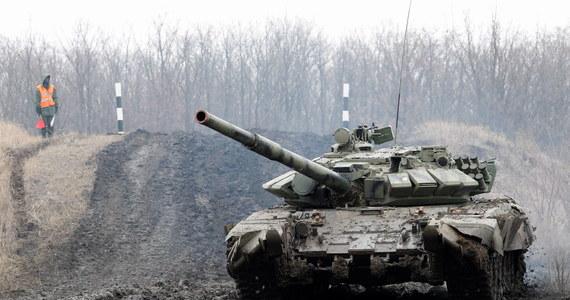 Rosja w każdej chwili może przejść do działań zbrojnych na południu Ukrainy - oświadczył dowódca Zbrojnych Sił Ukrainy generał Serhij Najew. Prognozuje, że w najbliższej perspektywie Moskwa będzie nadal stosować środki hybrydowe.