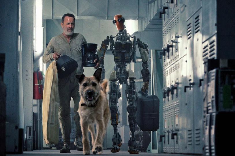 """5 listopada na platformie streamingowej Apple TV+ zadebiutuje futurystyczne widowisko """"Finch"""". Właśnie pojawił się zwiastun tego filmu, w którym w główną rolę wciela się Tom Hanks."""