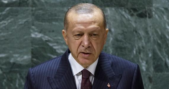 Erdogan: Świat musi znaleźć sposób rozwiązania problemu uchodźców - Interia